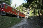 ABe 4/4 II 47 beim Gletschergarten von Cavaglia.