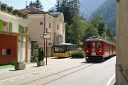 """ABe 4/4 48 und 44 als """"Strassenbahn"""" durch Le Prese"""