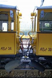 Frontpartien des ABe 4/4 30 und 34. St. Moritz.