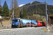 Ge 4/4 III 647 in Bergün/Bravuogn. Der Bahnhof wir gerade umgebaut.