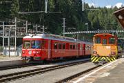 Be 4/4 515 mit S-Bahn-Zug nach Chur in Reichenau-Tamins
