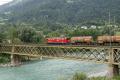 Ge 6/6 II 706 mit Güterzug auf der Rheinbrücke bei Reichenau
