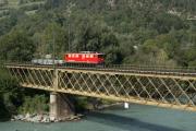 Ge 6/6 II 701 auf der Rheinbrücke bei Reichenau
