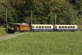 """Ge 4/4 182, """"Bernina-Krokodil"""", mit zwei Pullman-Wagen bei Pergola unterhalb des Kreis-Viadukts von Brusio"""