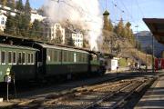 Dampfsonderzug mit der G 4/5 107 an der Spitze in St. Moritz