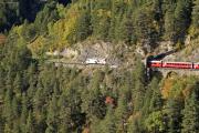 Ge 4/4 III 649 mit Zug 1144 vor dem Zalaint-Tunnel