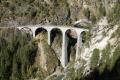G 4/5 107 mit Dampfextrazug auf dem Landwasser-Viadukt