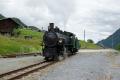 Dampffahrt Surselva. Die G4/5 107 fährt in Sumvitg-Cumpadials  zur Drehscheibe