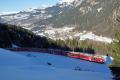 Allegra mit RE 1033 nach Davos Platz nach dem Kehrtunnel von Cavadürli ob Klosters