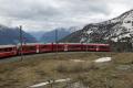 Allegra ABe 8/12 3503 in der Panorama-Kurve von Alp Grüm.