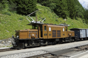 Ge 6/6 I 415 mit Extrazug. Bergün/Bravuogn