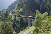 Ge 6/6 I 415 auf dem Schmittentobel-Viadukt