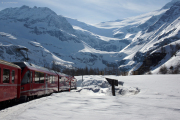 ABe 8/12 3515 zwischen Alp Grüm und Drachenloch, Palügletscher mit Piz Varuna