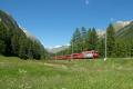 Ge 4/4 III 643 mit RE nach St. Moritz bei Bever