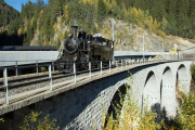 Dampf am Oberalppass - HG 3/4 4 der DFB auf dem Russein-Viadukt zw. Sumvitg-C. (RhB) und Disentis