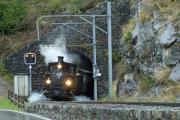"""Bahnoldtimer - 20 Jahre Club 1889: """"Holsboer Memorial Express"""" mit G 3/4 11 unterhalb Bergün"""