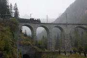 "Bahnoldtimer - 20 Jahre Club 1889: ""Holsboer Memorial Express"" mit G 3/4 11 auf dem Albulaviadukt III ob Bergün"