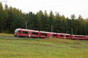 Allegra mit RE St.Moritz - Tirano vor Pontresina