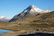 """Bahnoldtimer - 20 Jahre Club 1889: """"Montebello-Express"""" mit ABe 4/4 I 30 & 34 beim Lej Nair"""
