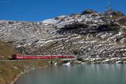 RE mit TW III in der Bügliet-Bucht des Lago Bianco