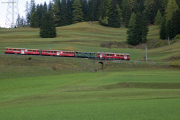 """Bahnoldtimer - 20 Jahre Club 1889: """"Fliegender Rhätier"""" mit ABe 4/4 501 in den Schlaufen oberhalb Bergün"""