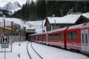 Allegra mit neuem Gliederzug Avra in Preda (Neubau Albulatunnel)