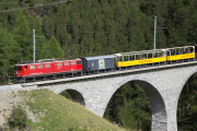 "Erlebniszug ""Albula"", ausnahmsweise mit Ge 6/6 II 702, auf dem Albulaviadukt II"