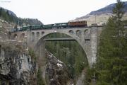 Ge 4/6 353 mit Sonderzug des Vereins Dampffreunde der RhB (GV) auf dem Soliser Viadukt