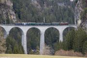 Ge 4/6 353 mit Sonderzug des Vereins Dampffreunde der RhB (GV) auf dem Landwasserviadukt