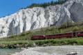 Regelzug nach Chur in der Ruinaulta bei Versam