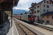 Ge 4/4 II 611 mit Regionalzug in Klosters Dorf