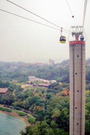 Singapore Cable Car nach Sentosa (von Roll)
