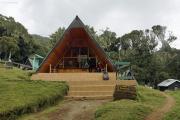 Mandara-Hütten (2682m). Marangu-Route, Tag 1