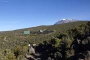 Horombo-Hütten mit Kibo. Marangu-Route, Tag 6