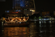 Bangkok. Fähre auf dem Chao Phraya