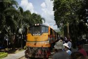 """Kanchanaburi. Bahnhof der Bahnlinie entlang des Rivers Kwai nach Nam Tok, Reststück der """"Todeseisenbahn"""" nach Burma"""