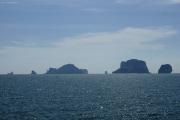 Kho Kai (Chicken Island, l) und Kho Poda (r). Krabi