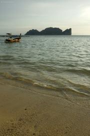 Kho Phi Phi Don. In der Ferne Kho Phi Phi Leh
