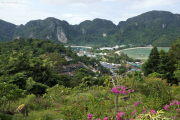 Kho Phi Phi Don. Der Isthmus vom Viewpoint aus