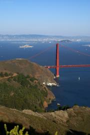 Golden Gate Bridge mit Alcatraz, San Francisco, CA