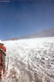 Aufstieg zur Ludwigshöhe bei starkem eiskaltem Wind