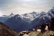 Domhütte (2928 m): Matterhorn, Mettelhorn, Äschhörner, Signalrothorn, Schalihorn, Weisshorn (v.l.n.r.)